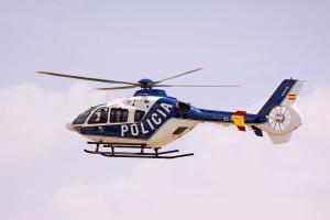 EC135_Police_copyright_Pablo Rada.